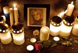 Anna Politkovskajan muistoksi järjestetty kynttilämielenosoitus